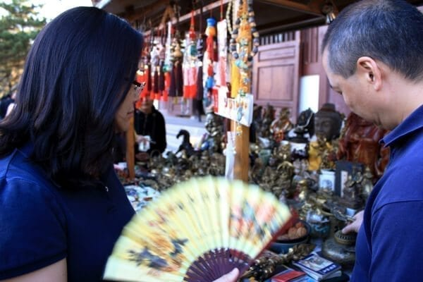 haggling-in-china