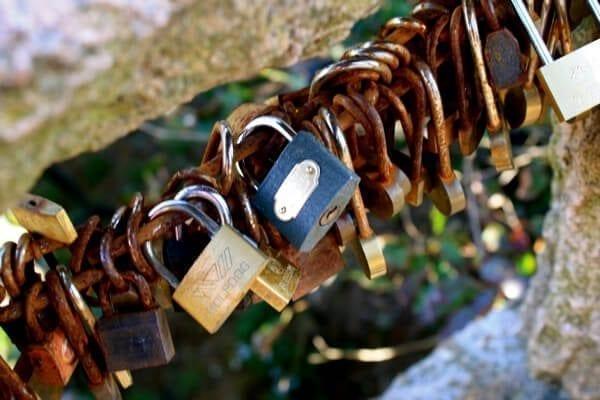 huangshan-locks