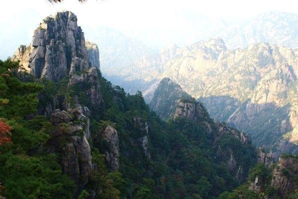 huangshan-view-1
