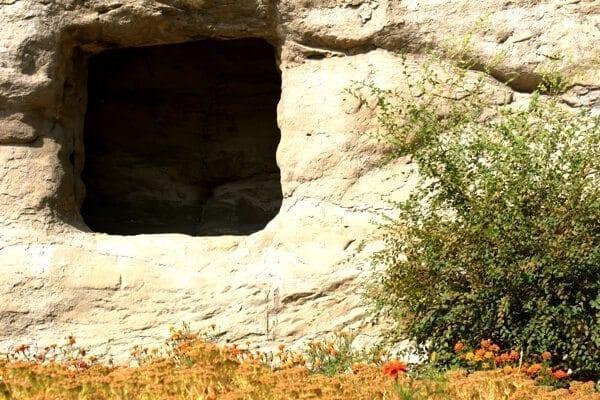 yungang-grottoes-1