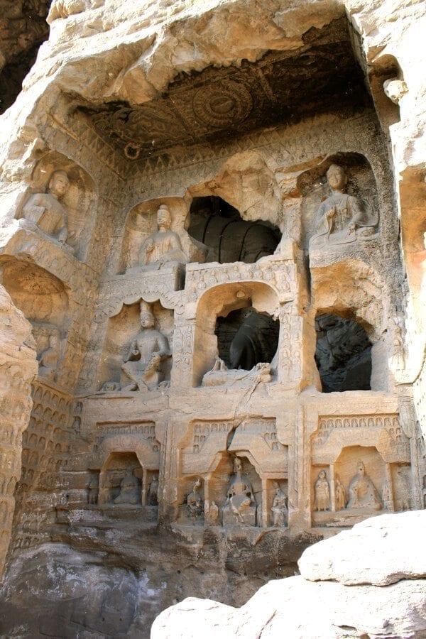 yungang-grottoes-7