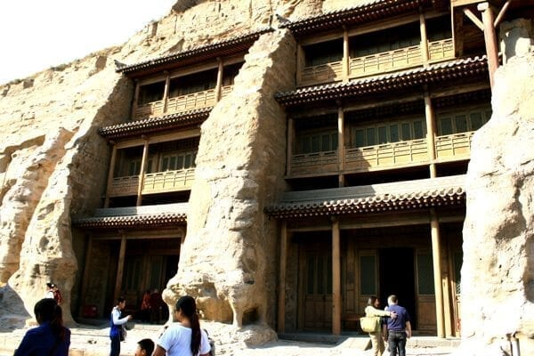 yungang-grottoes-stone-wood-buildings