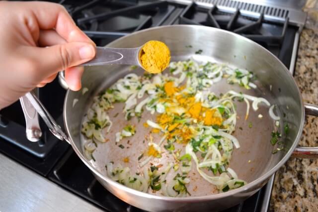 curry-onions-scallion
