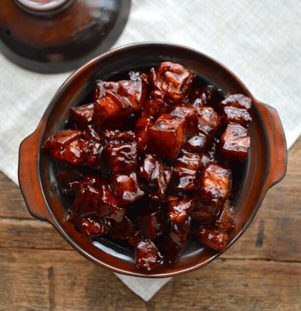 Shanghai-Style Braised Pork Belly (Hong Shao Rou), by thewoksoflife.com