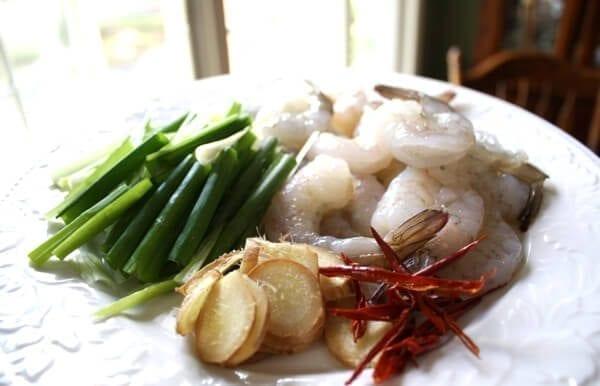 Easy Scallion and Ginger Shrimp Stir Fry, by thewoksoflife.com