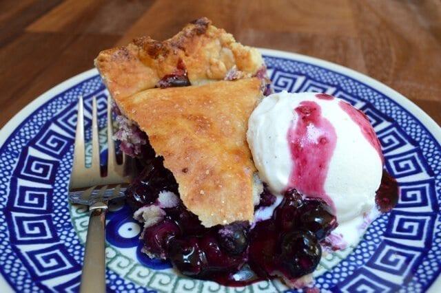 summer berry pie slice