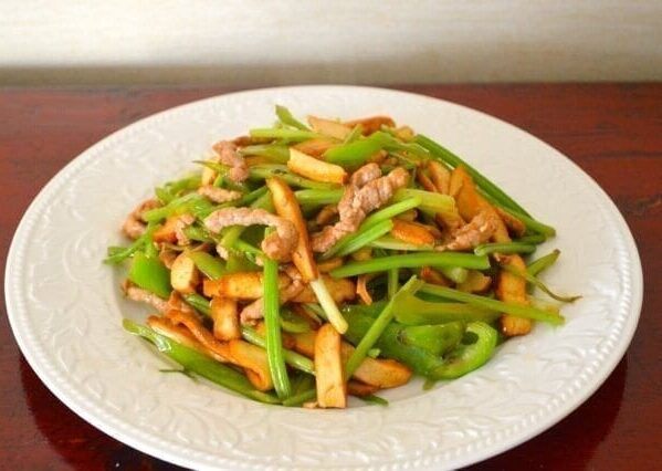 Jen's Tofu Stir-Fry - Chinese Home Cooking by thewoksoflife.com