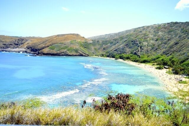 16 Reasons Why Hawaii is Pretttttty Much The Bomb - hanauma bay, by thewoksoflife.com