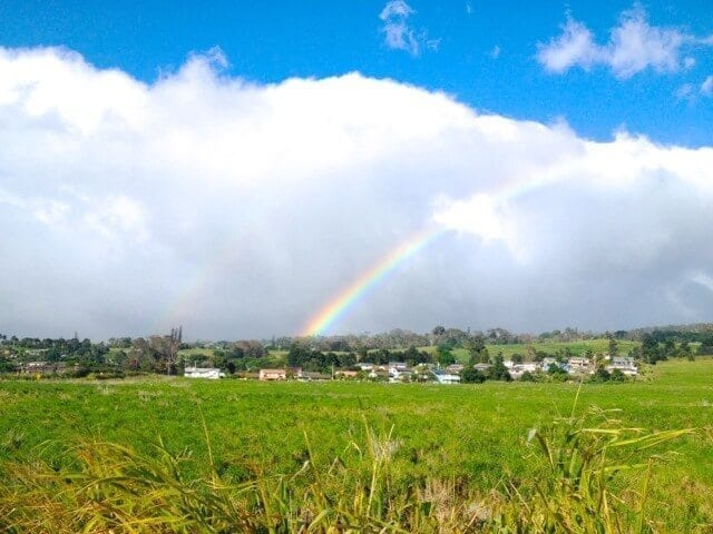 16 Reasons Why Hawaii is Pretttttty Much The Bomb - hawaii-rainbow, by thewoksoflife.com