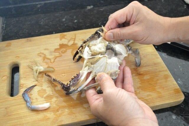 removing crab gills