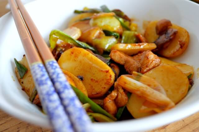 Stir-Fried Sticky Rice Cakes (Nian Gao) by thewoksoflife.com