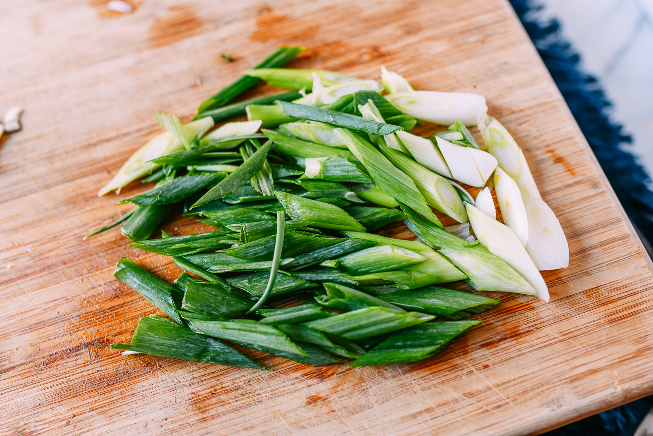 Sliced scallions on a diagonal