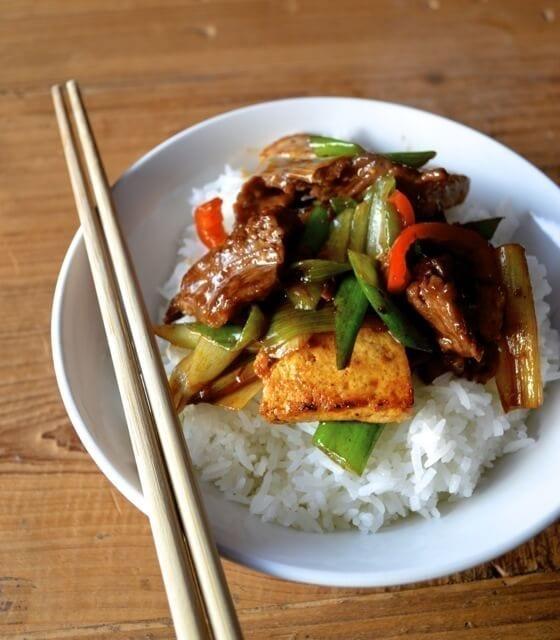 Scallion Ginger Beef and Tofu Stir Fry by thewoksoflife.com