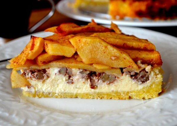 Apple cream cheese tart with walnuts