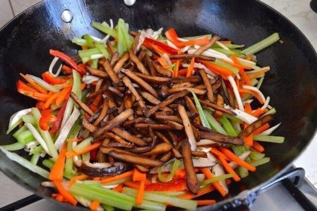 Vegetable Five Spice Tofu Stir-Fry,by thewoksoflife.com