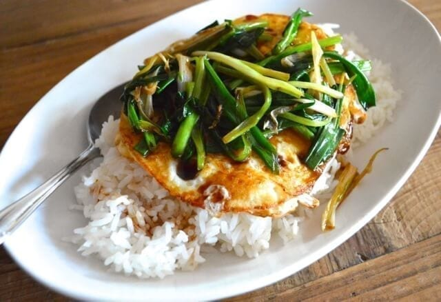 25 Last minute meals - 5 minute Eggs Over Easy with Scallions and Soy Sauce, by thewoksoflife.com