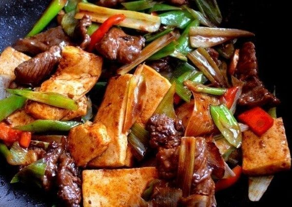Scallion ginger beef with tofu stir-fry
