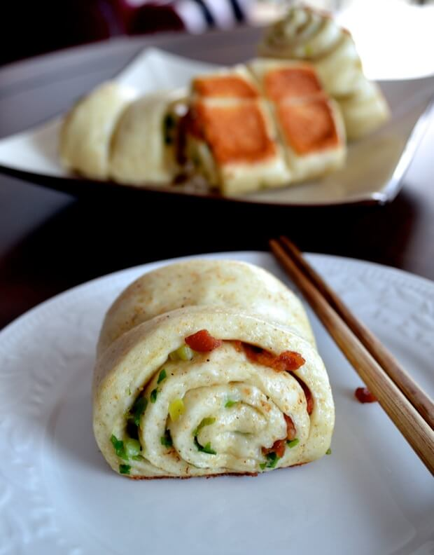 Bacon and scallion hua juan