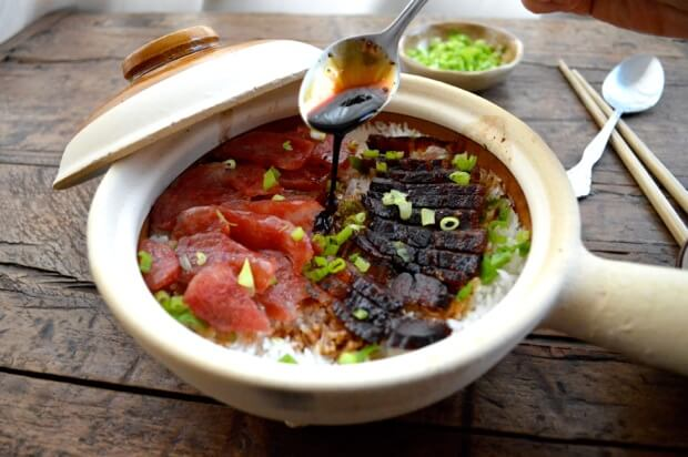 Hong Kong Style Clay Pot Rice Bowl by thewoksoflife.com