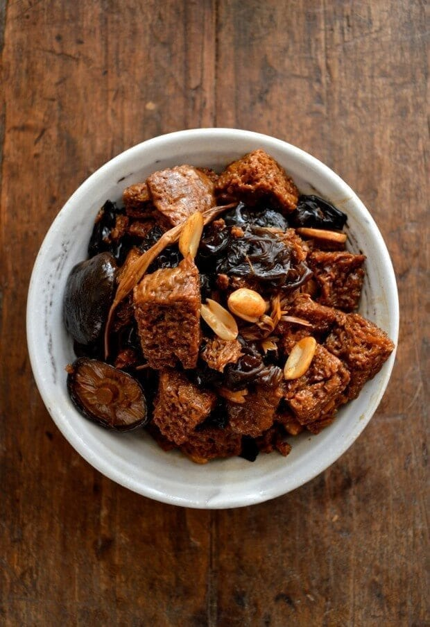 Hong Shao Kao Fu - Braised Wheat Gluten with Mushrooms, by thewoksoflife.com