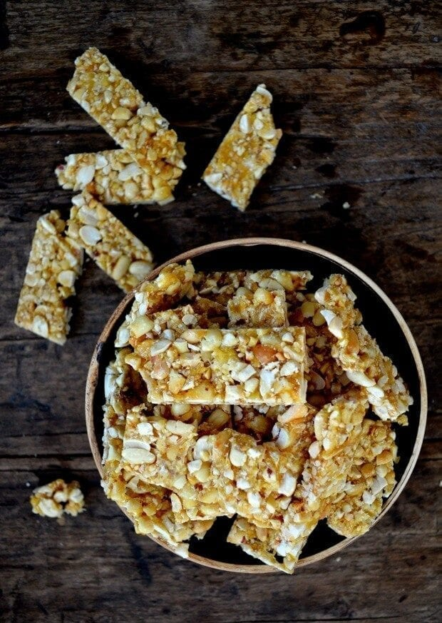 chinese-sesame-peanut-brittle-15