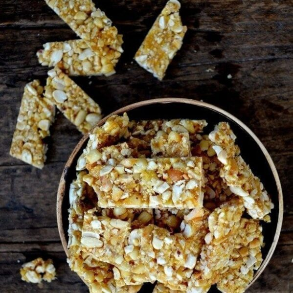 Chinese sesame peanut brittle