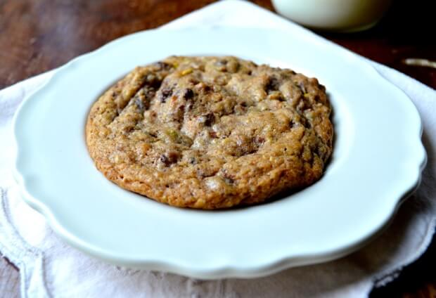 chocolate-chip-nut-cookies-3