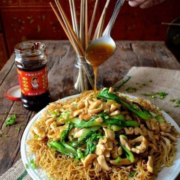 Gai see chow mein, thewoksoflife.com