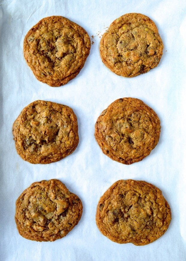 nuts-chocolate-chip-cookies-8