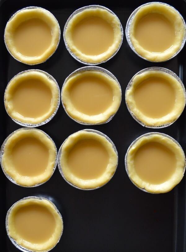 Small tart shells filled with egg custard