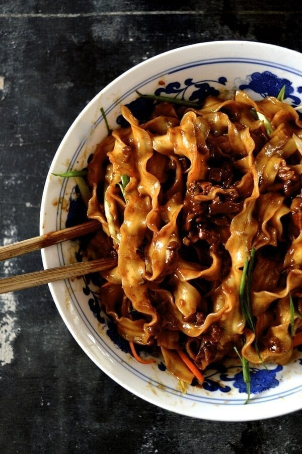 jiang zha noodles sauce mian beijing fried recipe noodle street famous recipes chinese zhajiangmian pork china dishmaps thewoksoflife woks zhajiang