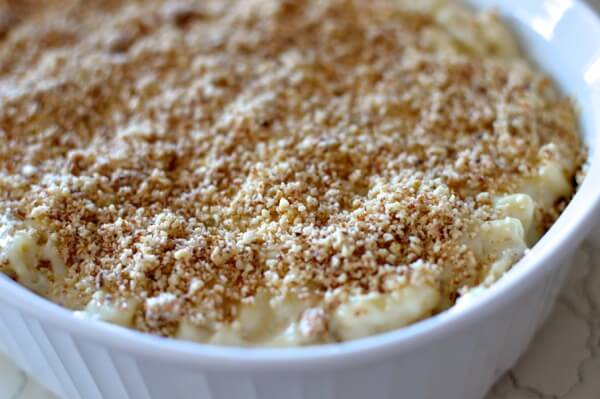 Almond Crusted Macaroni and Cheese by thewoksoflife.com