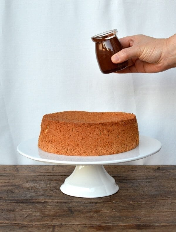 Flourless Chocolate Citrus Almond Cake by thewoksoflife.com
