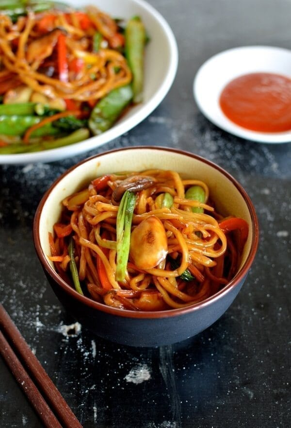 Vegetable lo mein the woks of life vegetable lo mein forumfinder Images