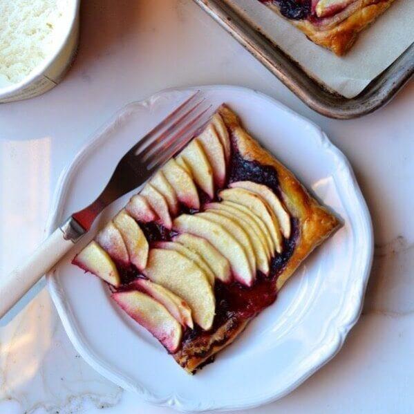 Blackberry apple tart