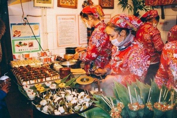China Street food - Chengdu Temple Fair, Chinese New Year Celebration, by thewoksoflife.com