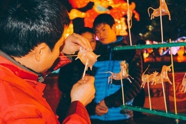 Chinese candy art - Chengdu Temple Fair, Chinese New Year Celebration, by thewoksoflife.com