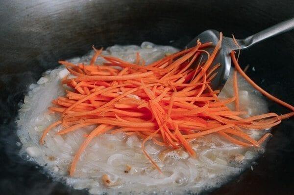 Vegetable Noodles with Shrimp, by thewoksoflife.com