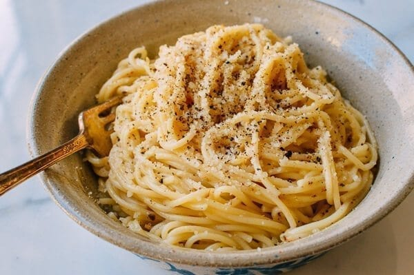 """Spicy Numbing"" Cacio e Pepe, by thewoksoflife.com"