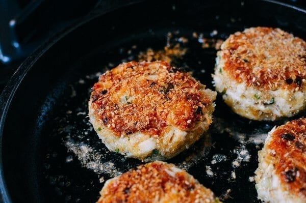 Sesame Panko Crab Cakes with Cilantro Lime Tartar Sauce, by thewoksoflife.com