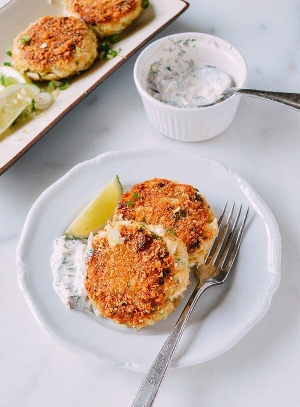 Sesame Panko Crab Cakes with Cilantro Lime Tartar Sauce, by thewoksoflife.com