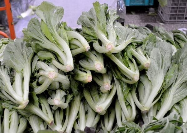 Chinese Vegetables: Chinese mustard greens, by thewoksoflife.com