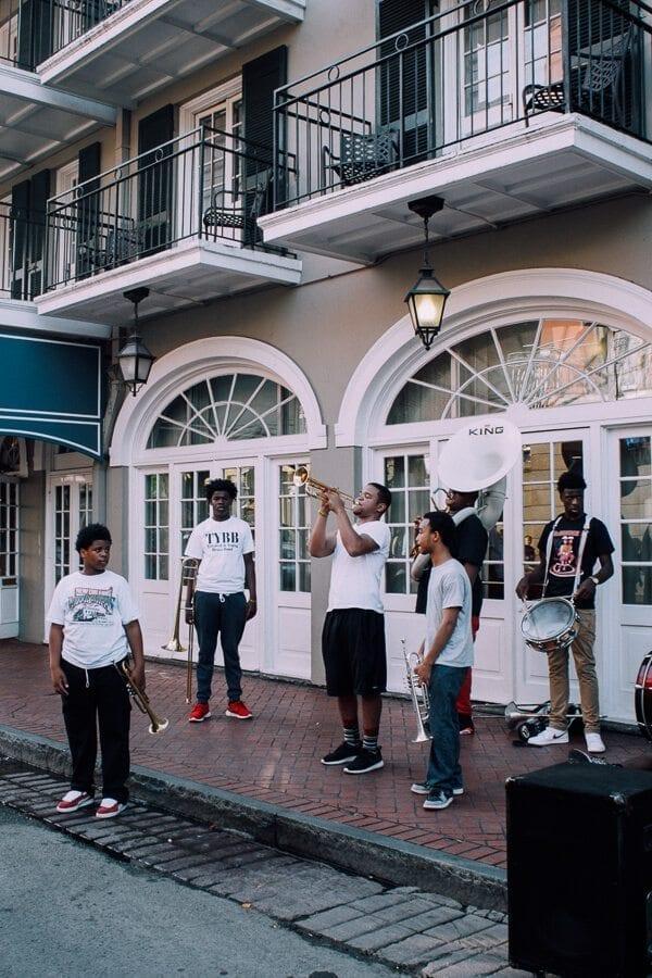 New-Orleans-bourbon-street3