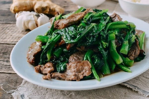 Beef with chinese broccoli one plate meal the woks of life beef with chinese broccoli by thewoksoflife forumfinder Image collections