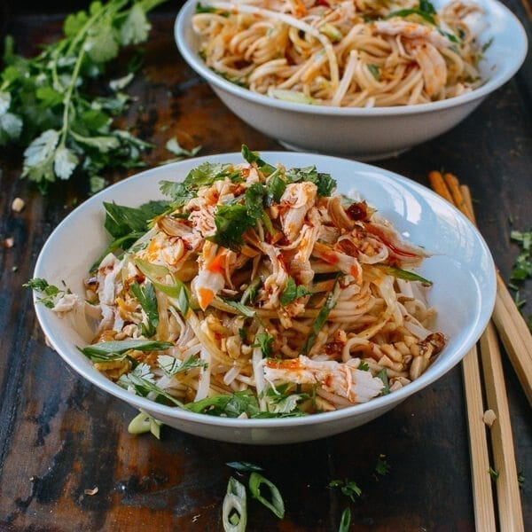 Apr 01, · Chicken Stir Fry with Rice Noodles is an easy and delicious weeknight meal loaded with healthy ingredients. A one-pan, 30 minute chicken stir fry recipe/5(75).