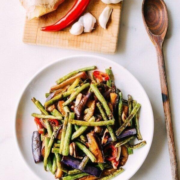 Eggplant string bean stir-fry