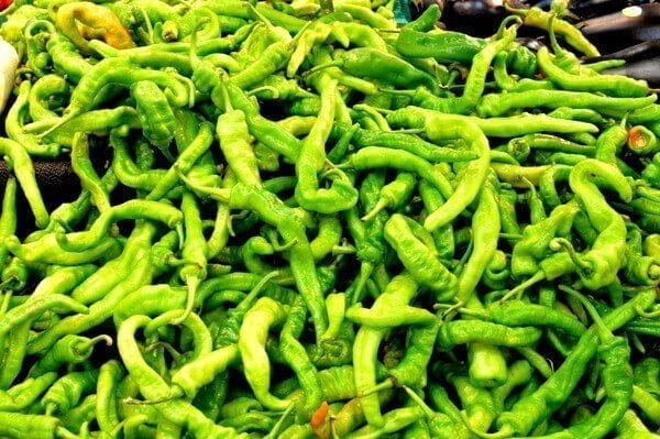 long-green-hot-peppers