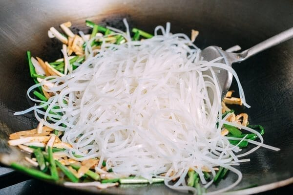 Shrimp Pad Thai, by thewoksoflife.com