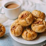 Walnut cookies with coffee