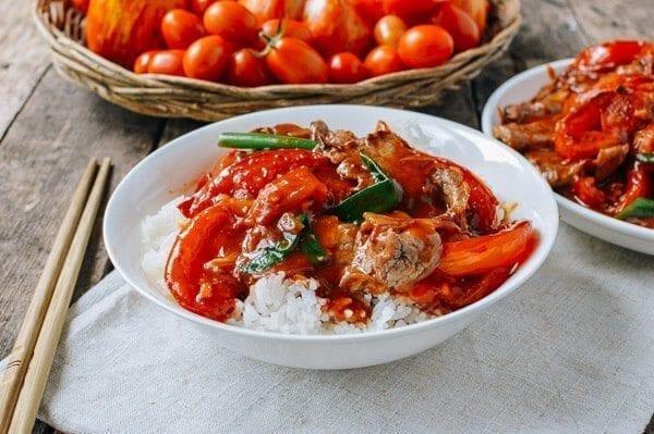 Beef Tomato Stir-fry, by thewoksoflife.com